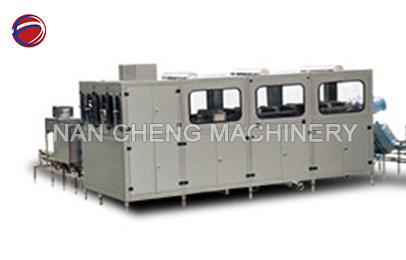 Automatic bottled water equipment